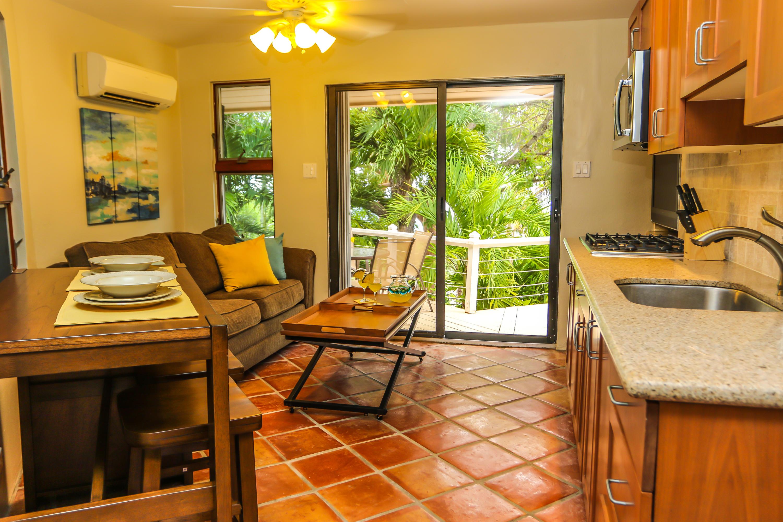 Sunshine Suite Kitchen / Living / Dining