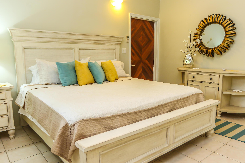Sunshine Suite Bedroom