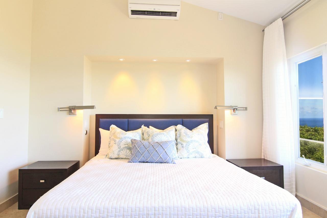 Master Bedroom (3)