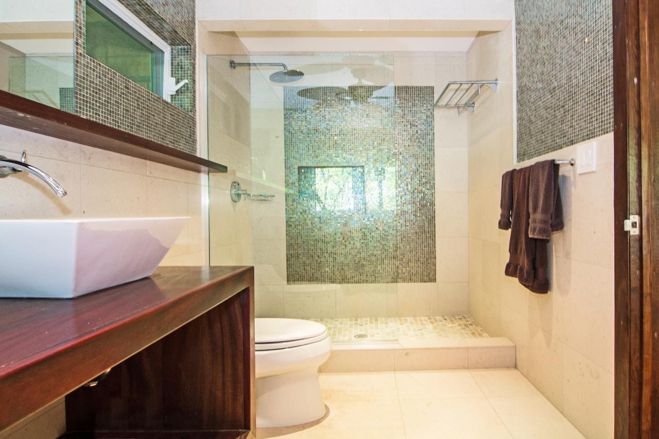 Guest Studio Bathroom