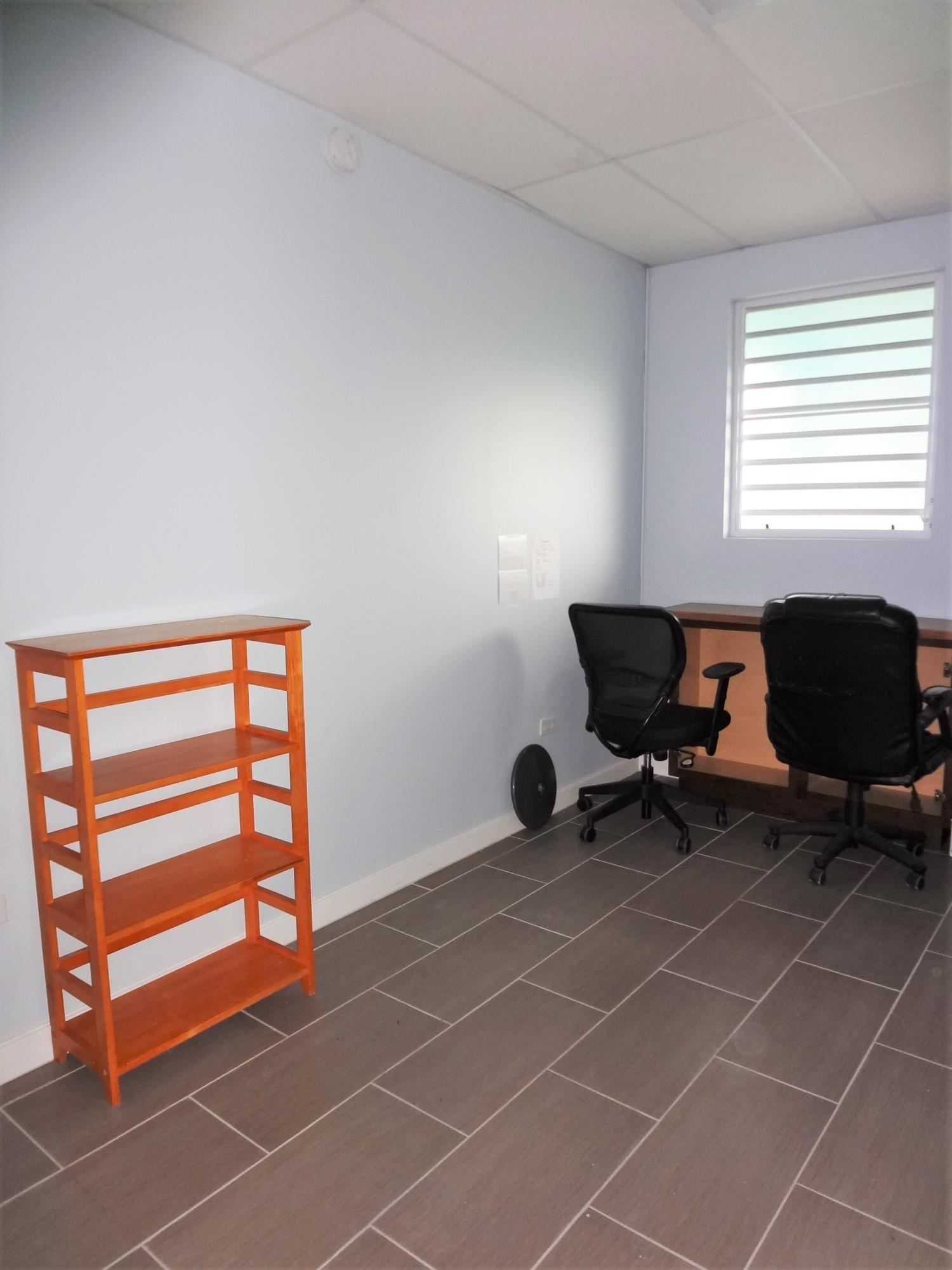 Suite 1 Room (2)