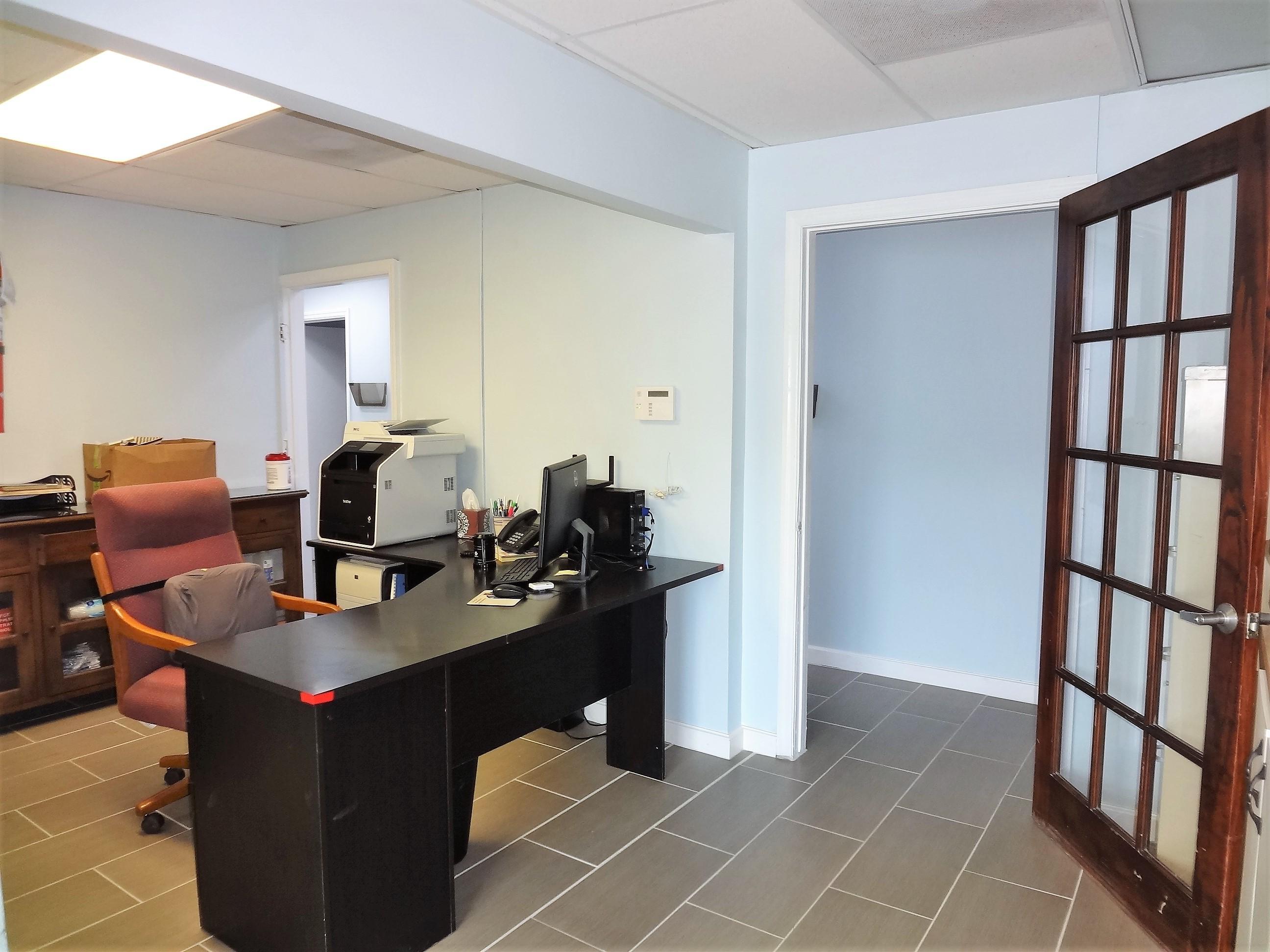Suite 2 Reception