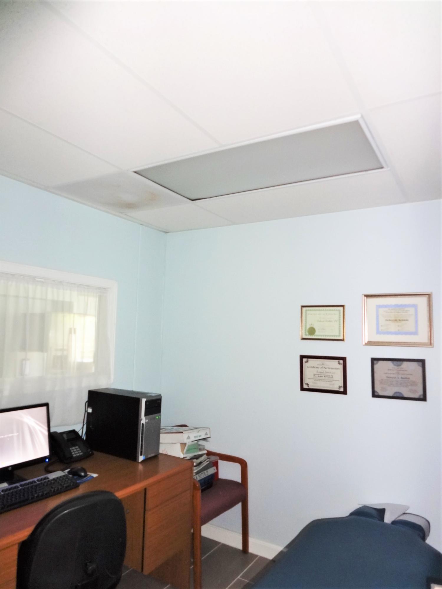 Suite 2 Room (4)