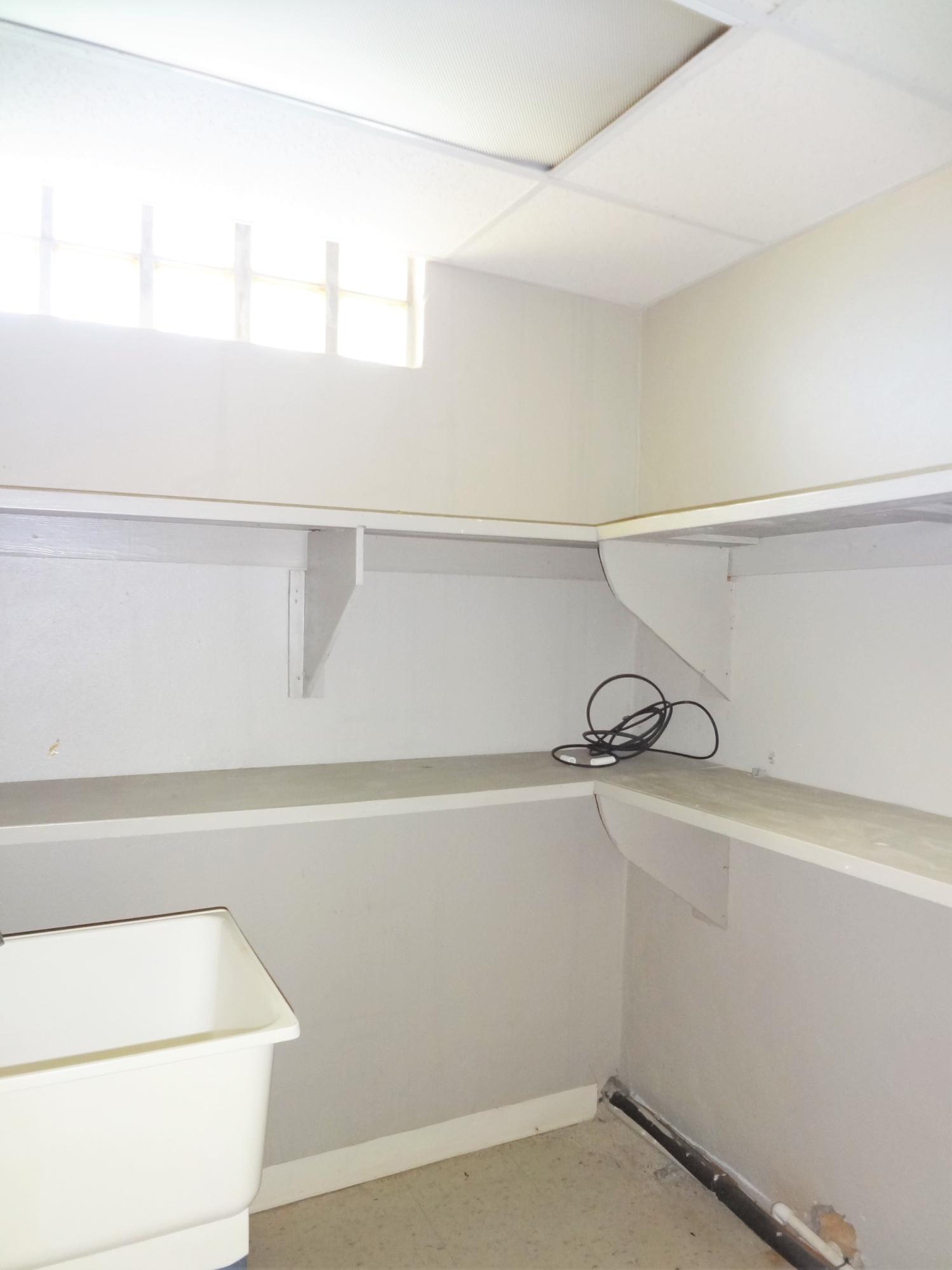 Suite 3 Storage and Sink