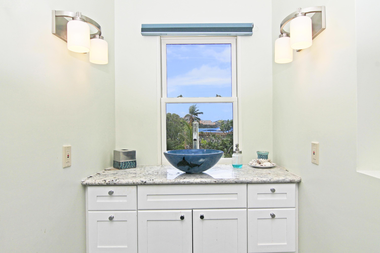Cottage master bath vanity
