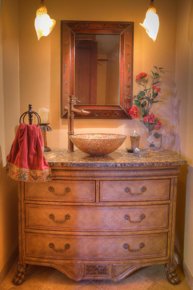 Pretty bathroom vanity