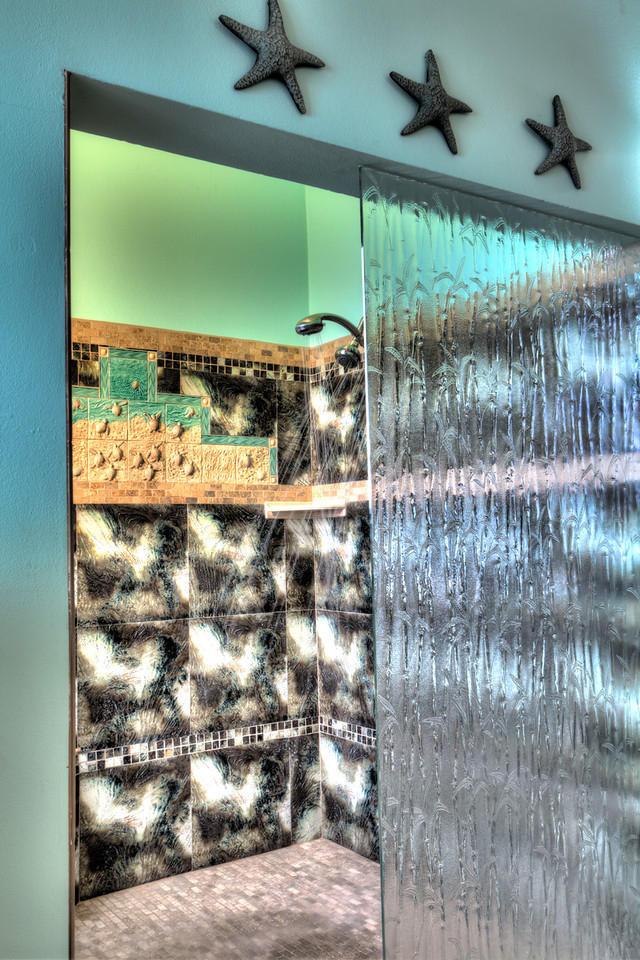 Generous tile shower - King Ste #1 Bath