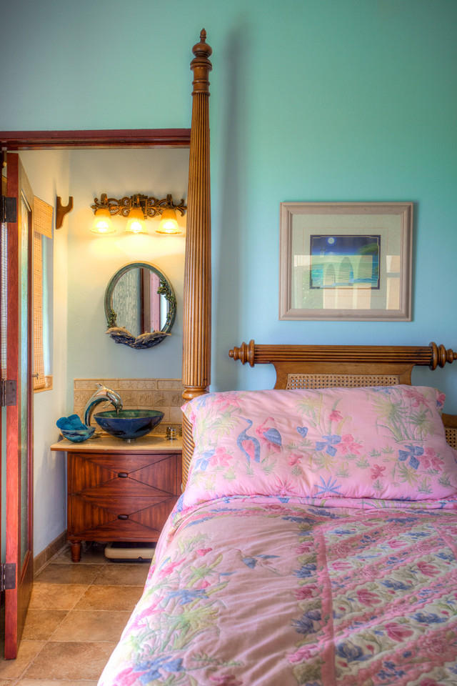 Bath en suite - Bedroom 3