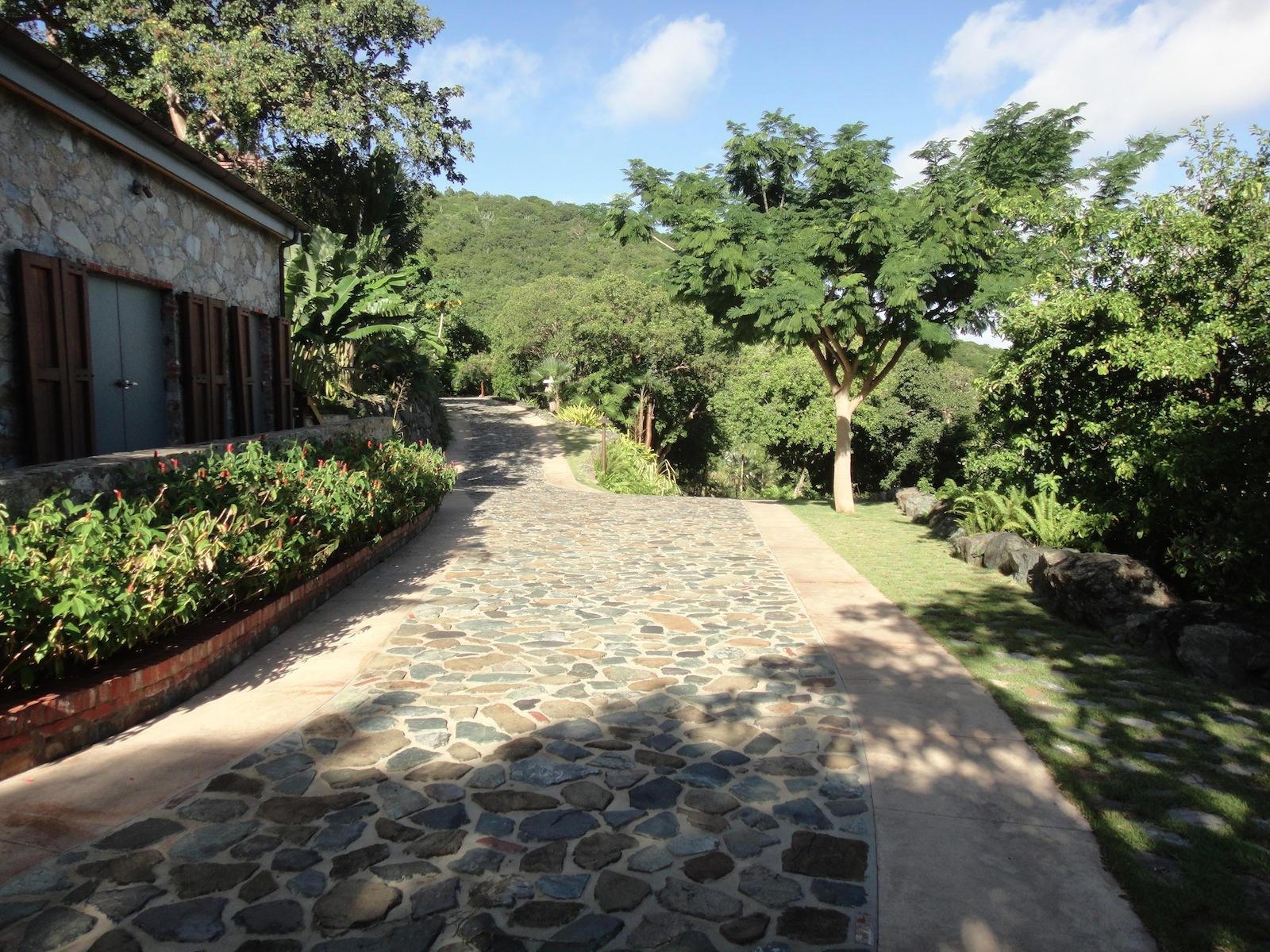 Estate Road