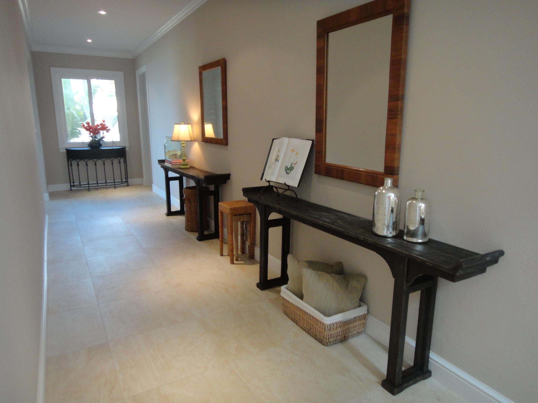 Lower Hallway to bedrooms