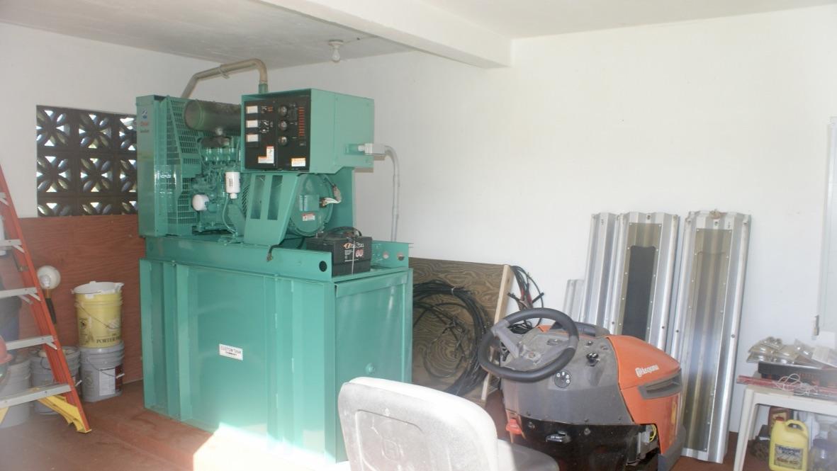 Large Diesel Generator, Lots of Storage
