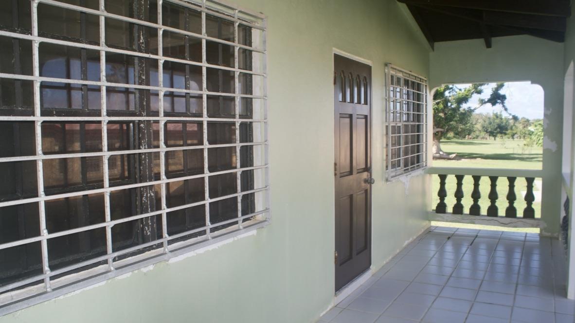 Cottage Front Patio