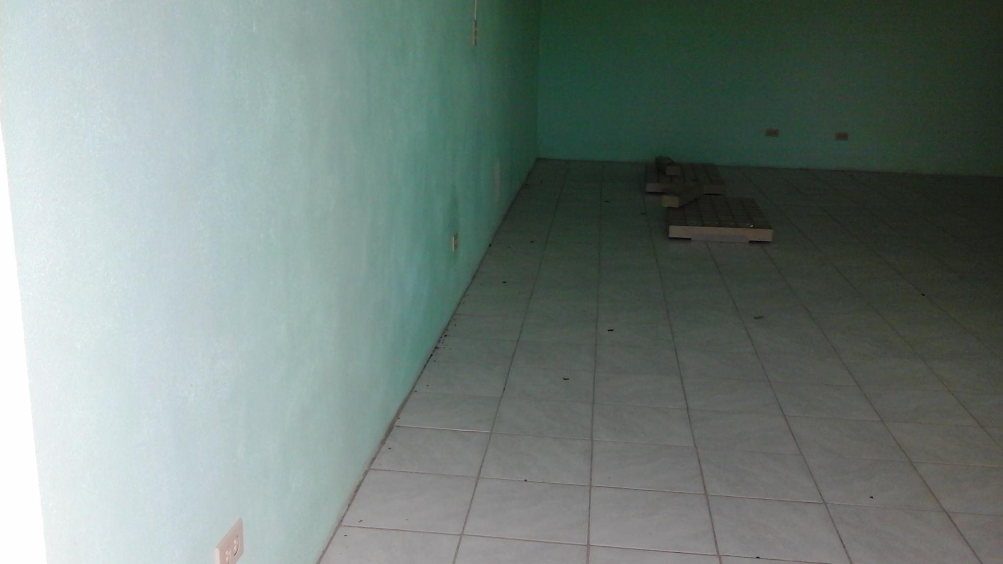 Apt 2 floor area