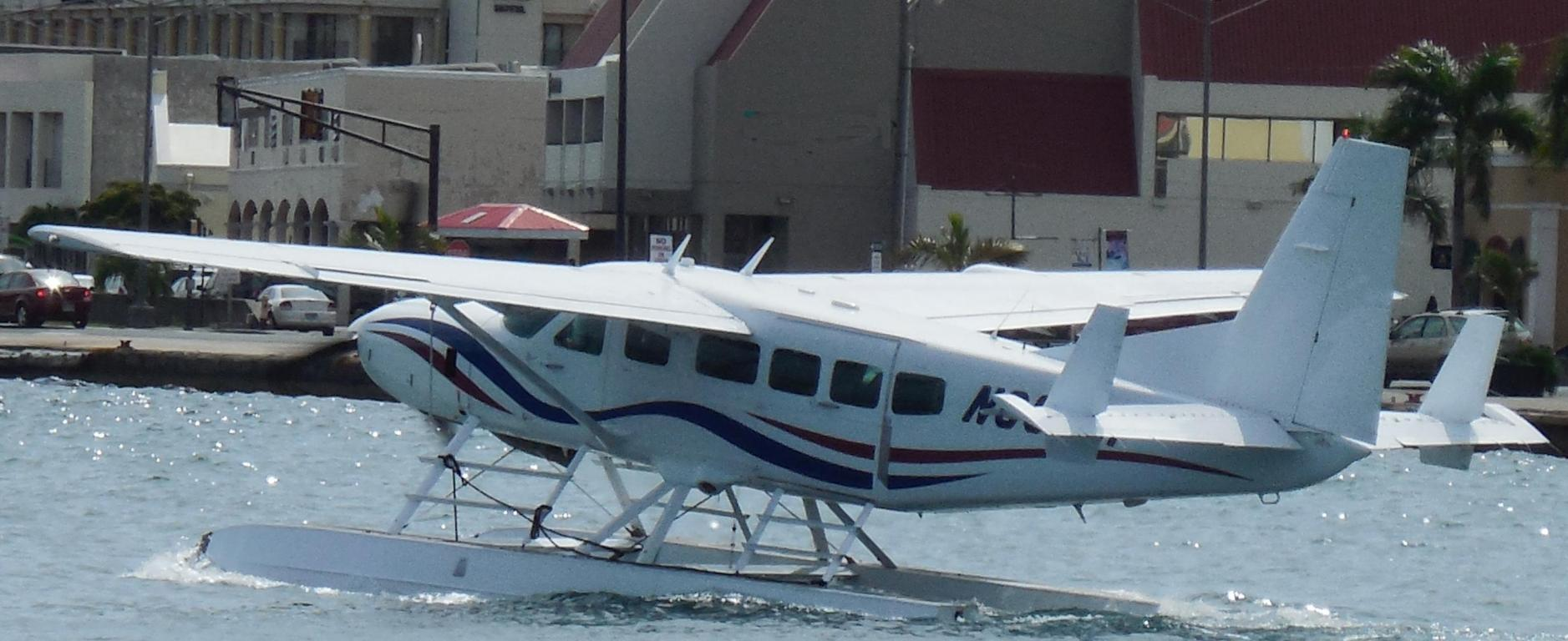 watch the sea planes land