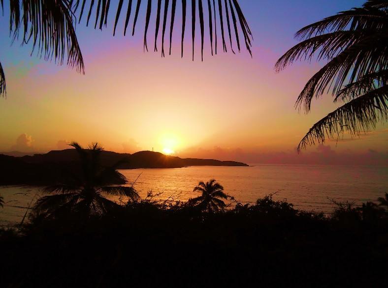 Sunrise over Bolongo Bay