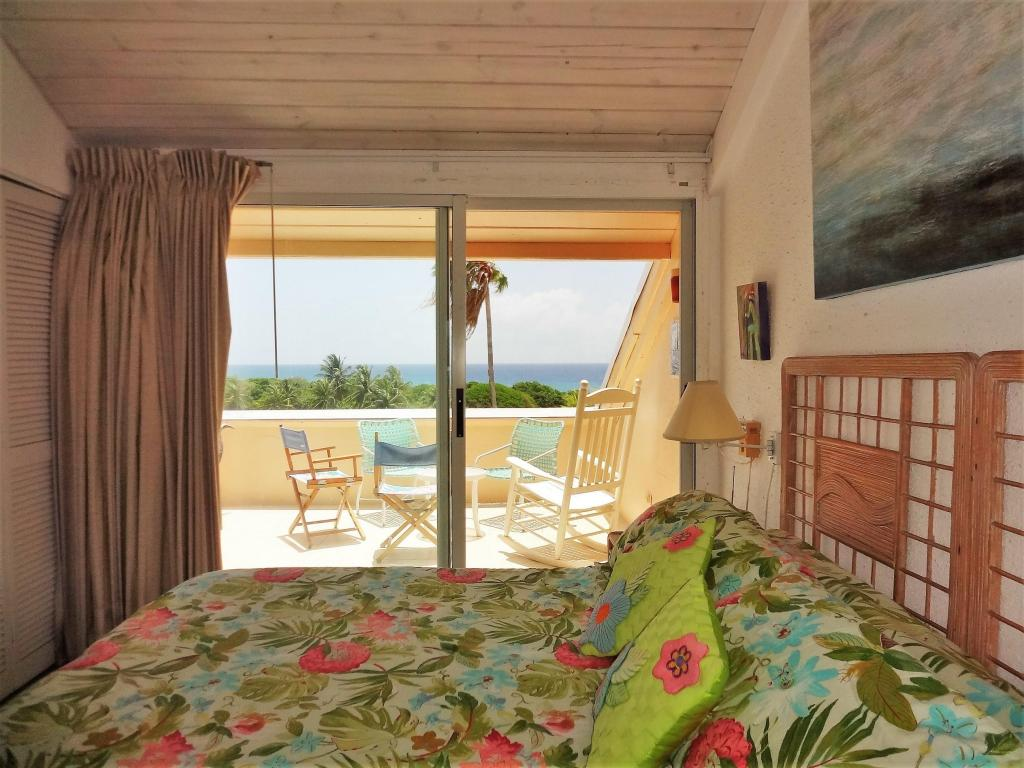 Gorgeous Sea Views & Private Gallery