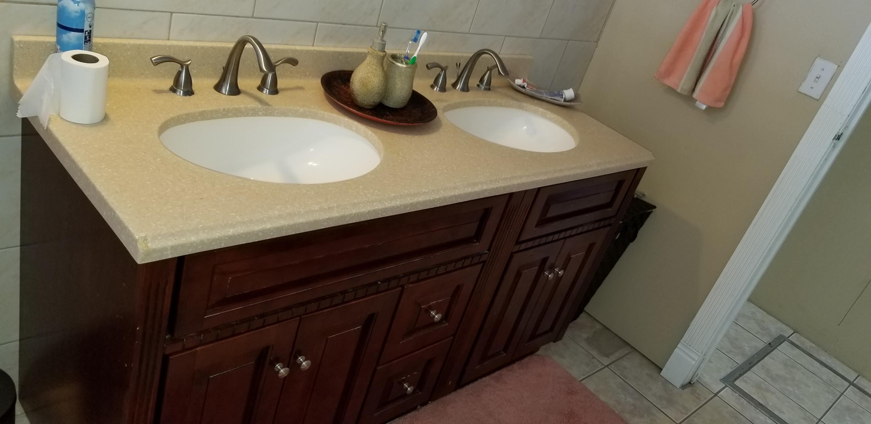 Bathroom 1 Vanity