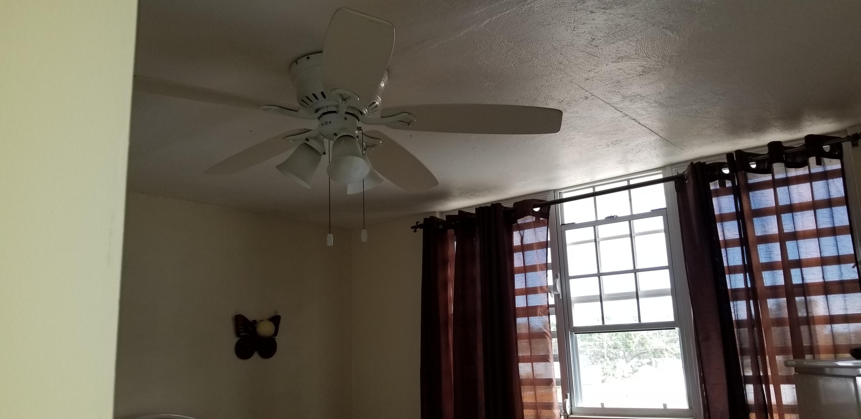 Bedroom 1 ceiling Fan