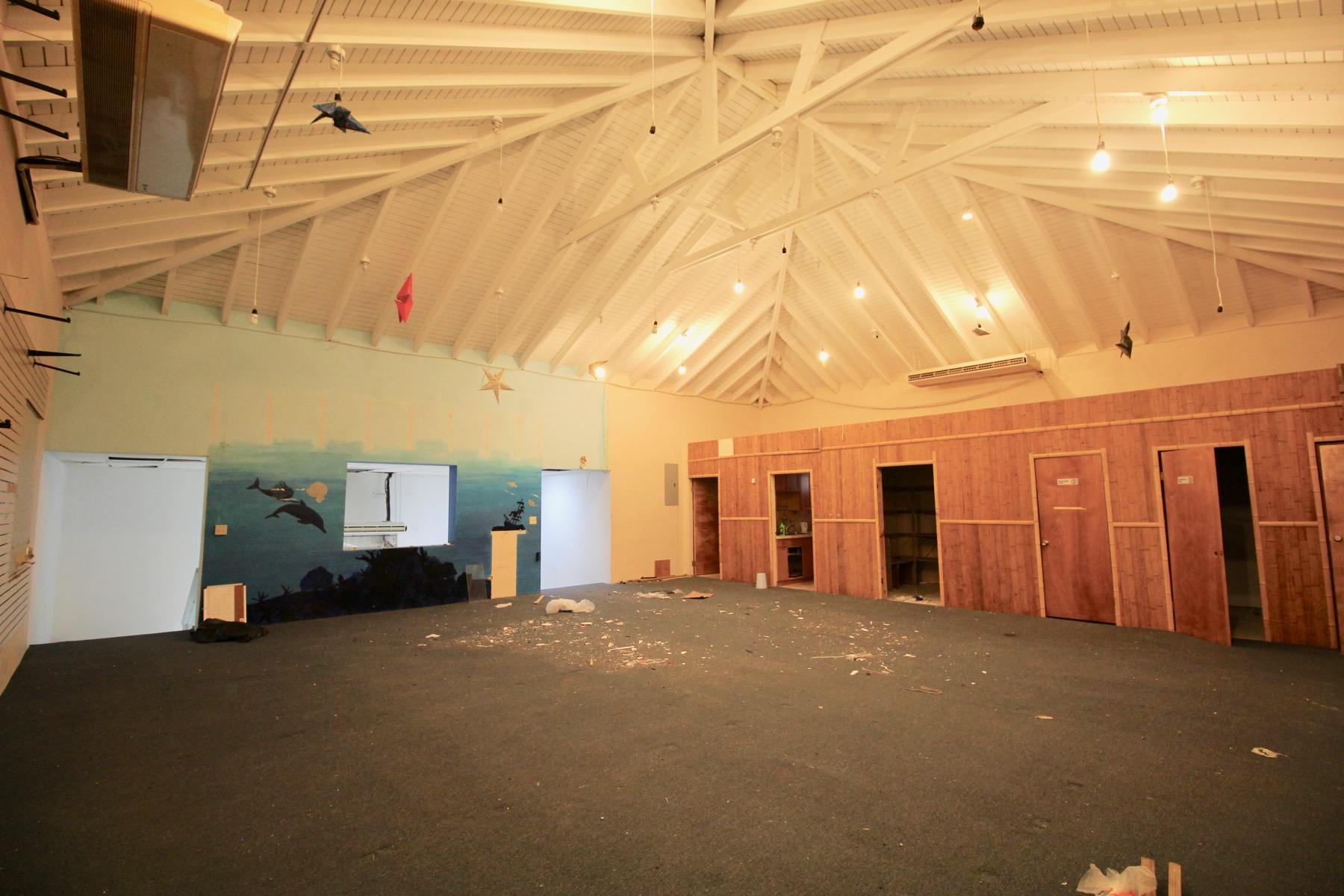 upstairs, 1700 sq ft
