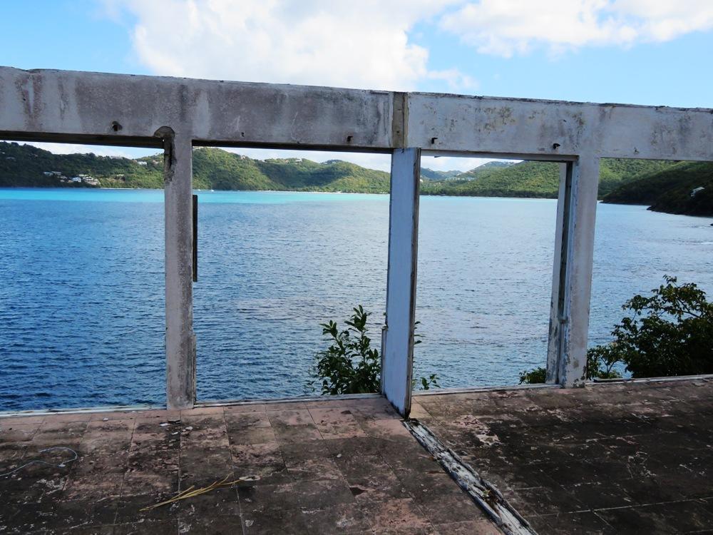 WATERFRONT MAGENS BAY