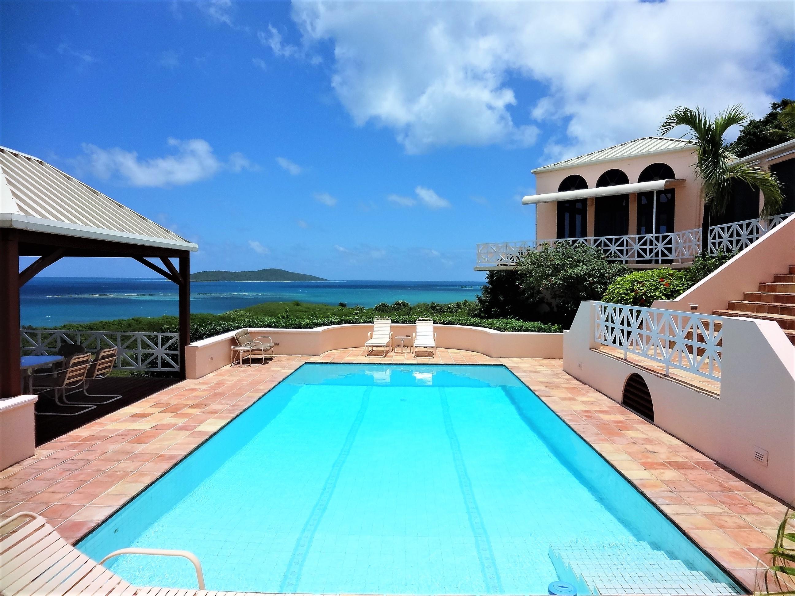 Beautiful Green Cay Home