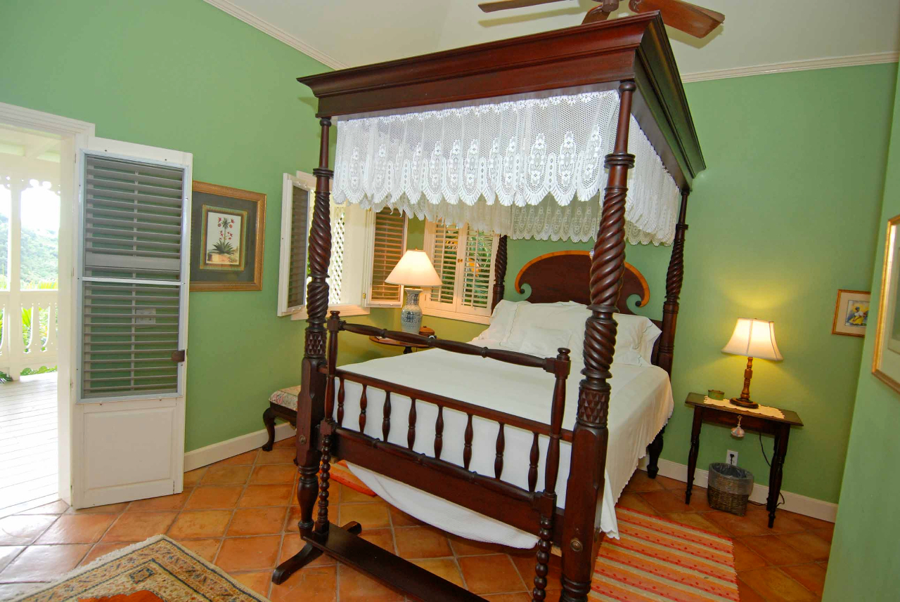 Guest House bedroom 1