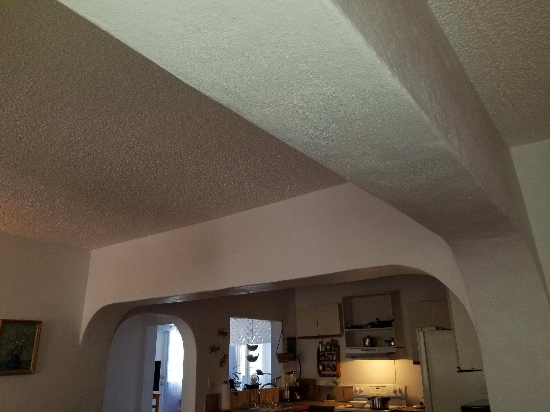 Ceiling beams Apt