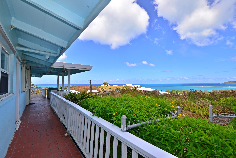 Walk around deck with overhang
