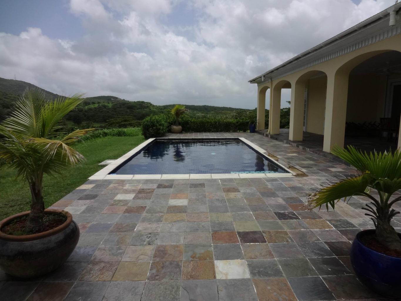Pool to Hillside Views