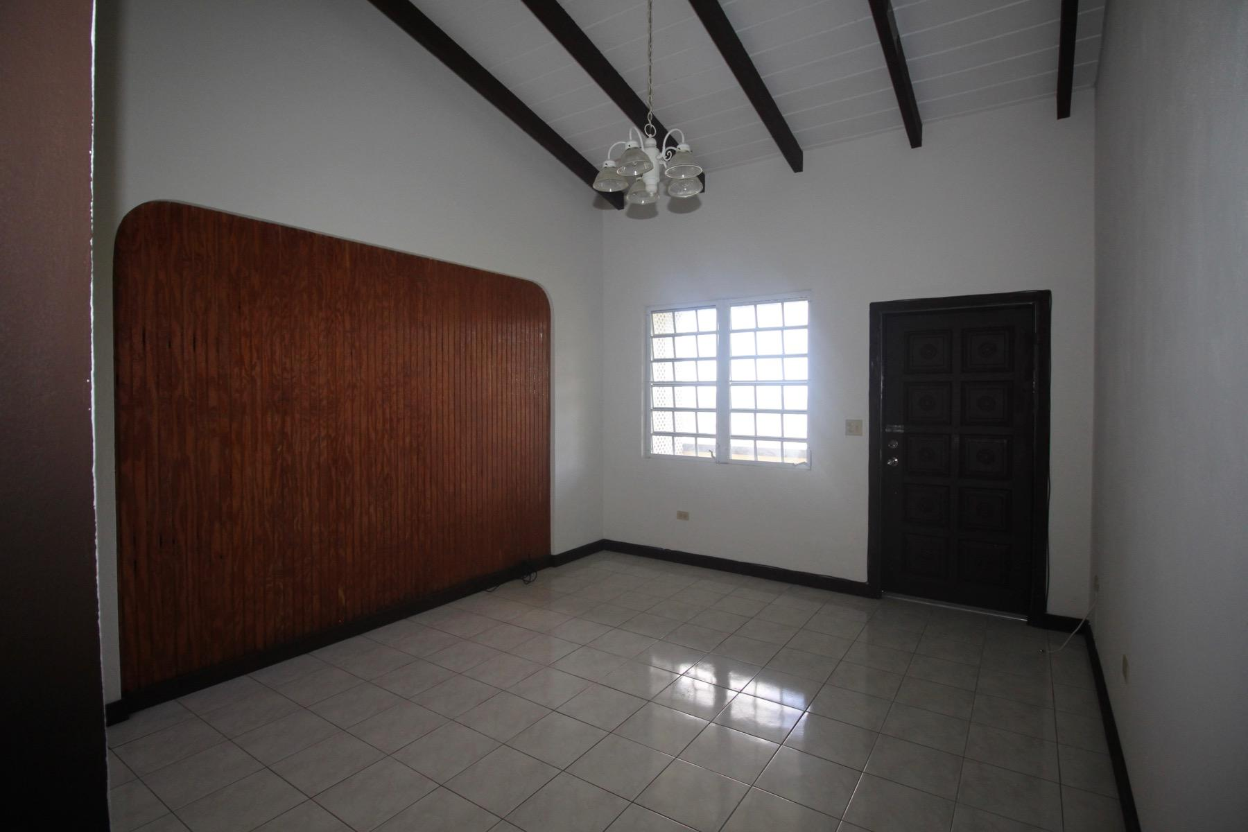 living room/entry