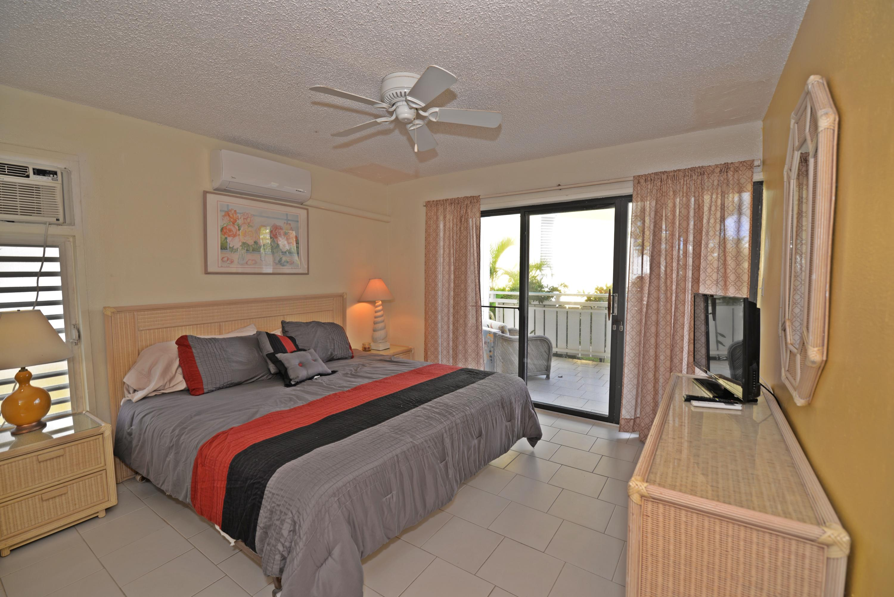 Master suite opens to gallery