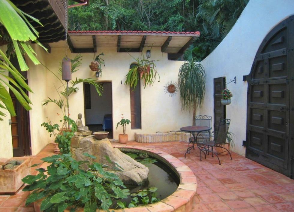 Courtyard 3