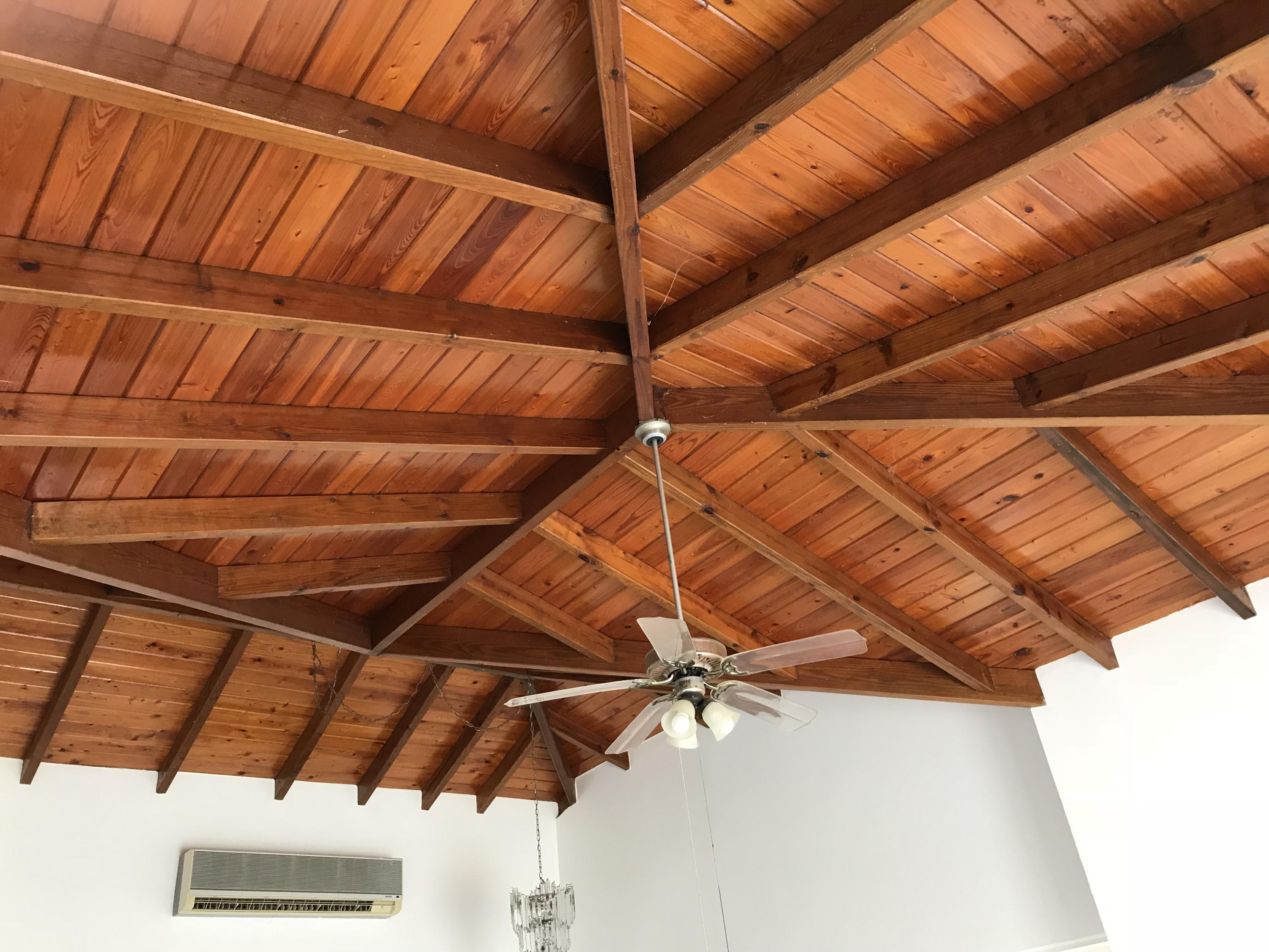 beautiful open rafter ceiling