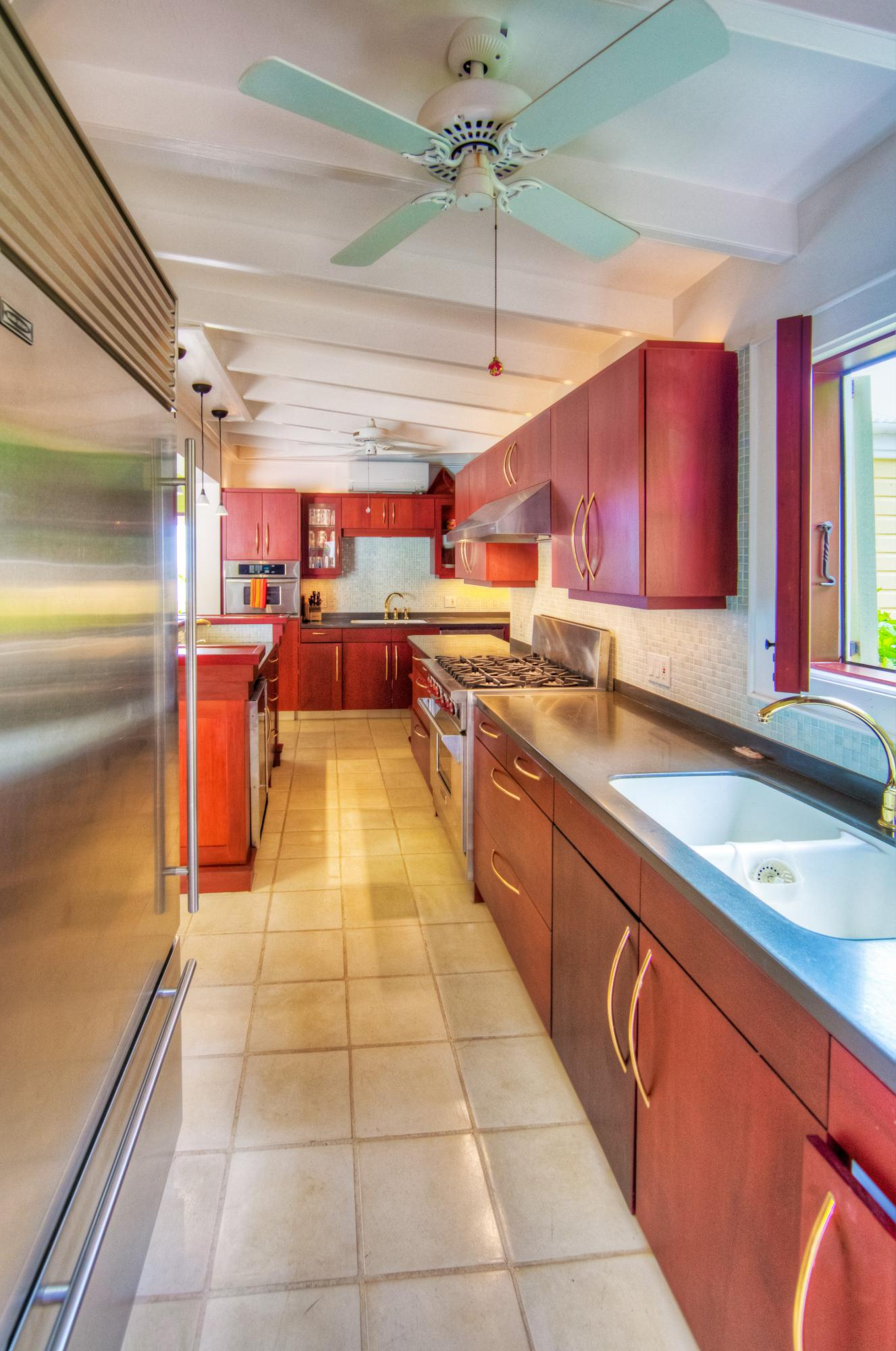 Sub Zero & Stainless Steel Appliances