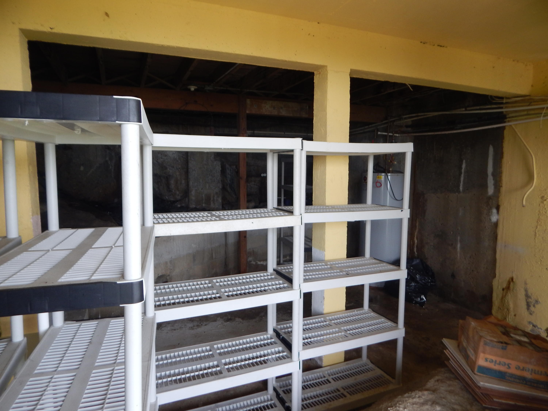 Storage & work space