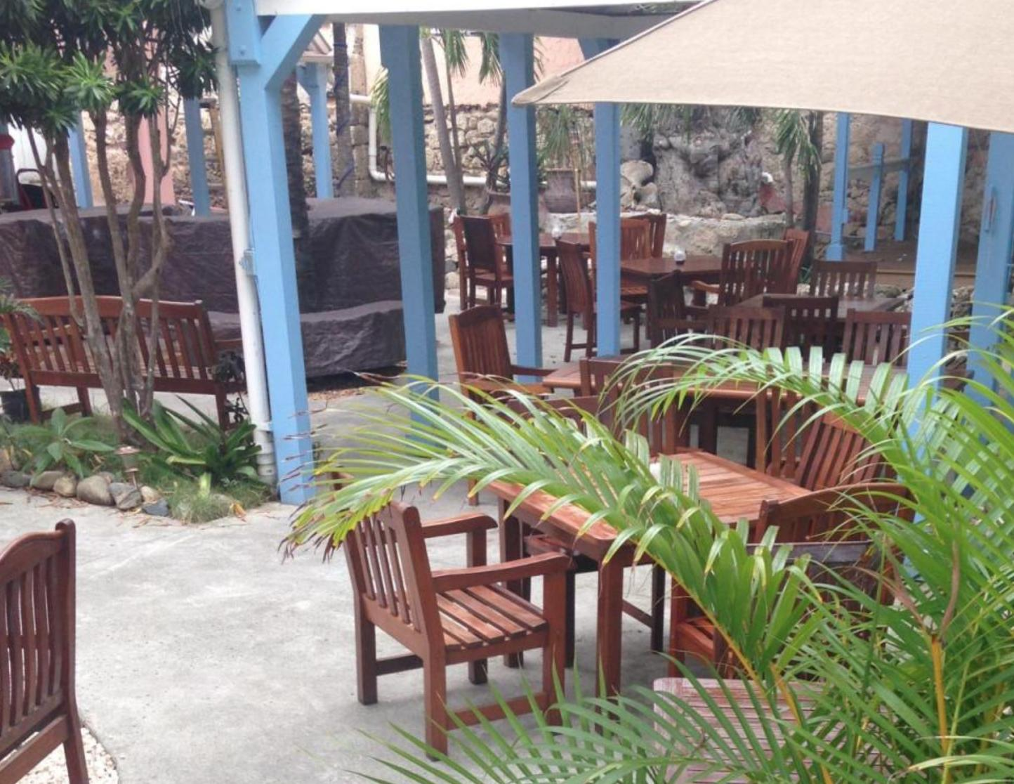 furnished Court Yard