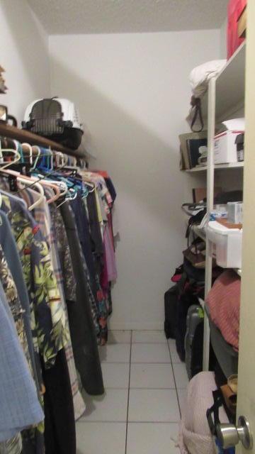 Closet Walk In