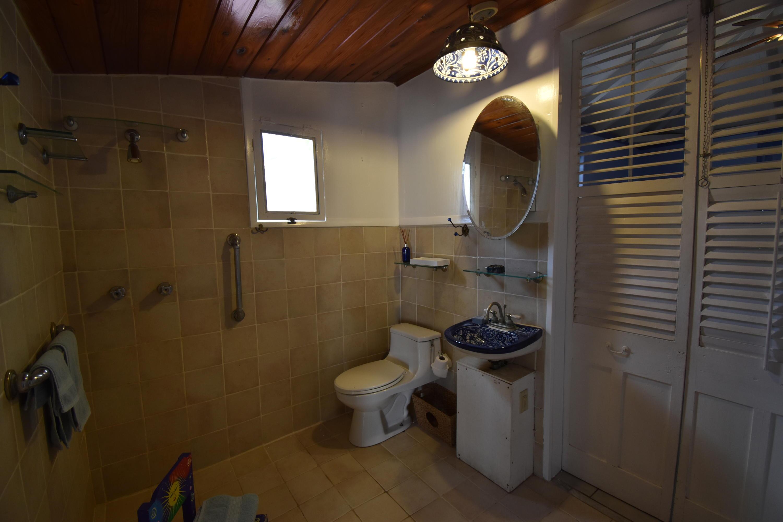 Full Bath Shower