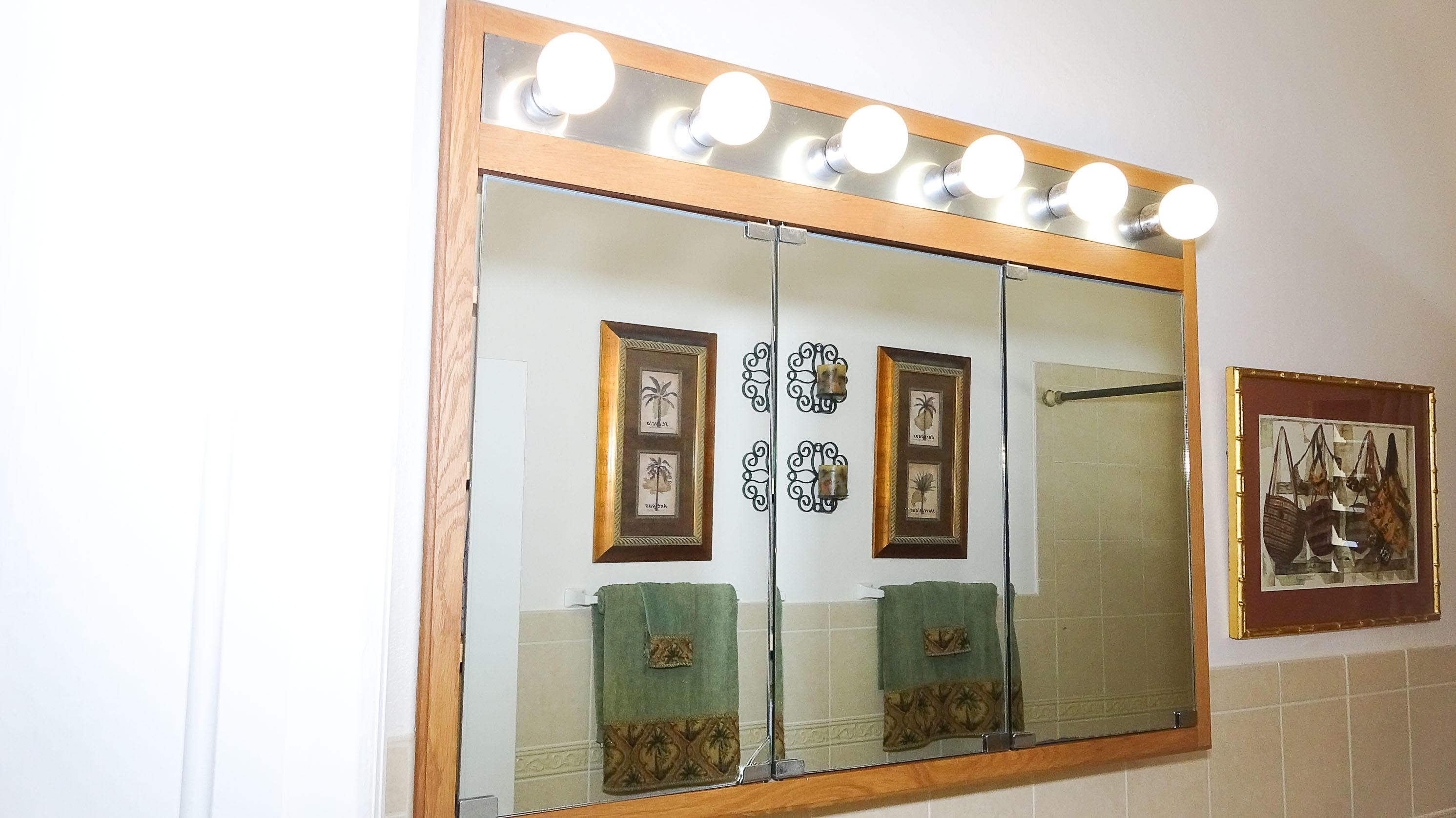 26-Bathroom 2 Mirror