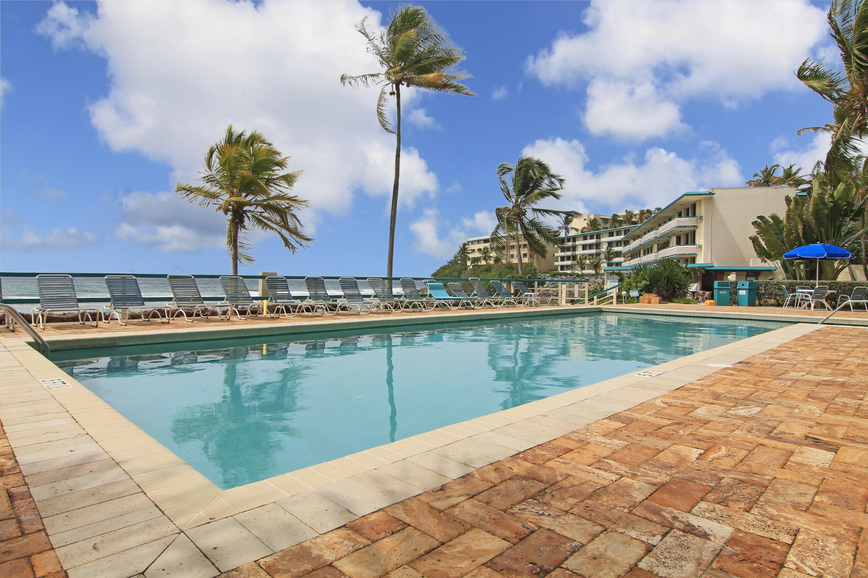 Oceanfront Pool-proxity to Villa 15