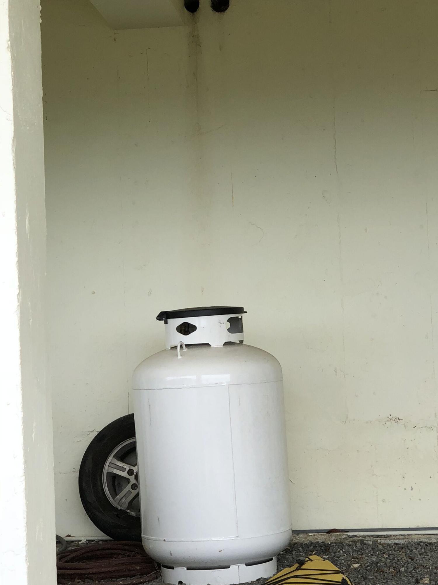 Propane tank for generator