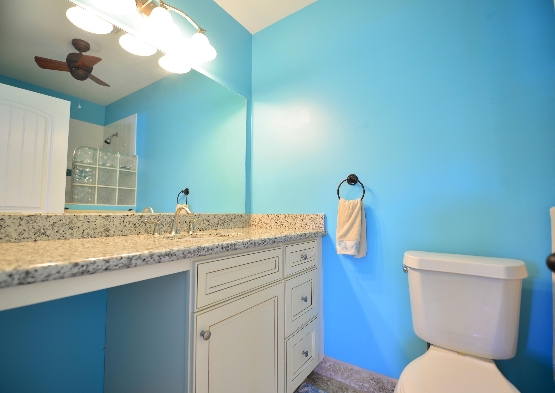Bath en suite bedroom one