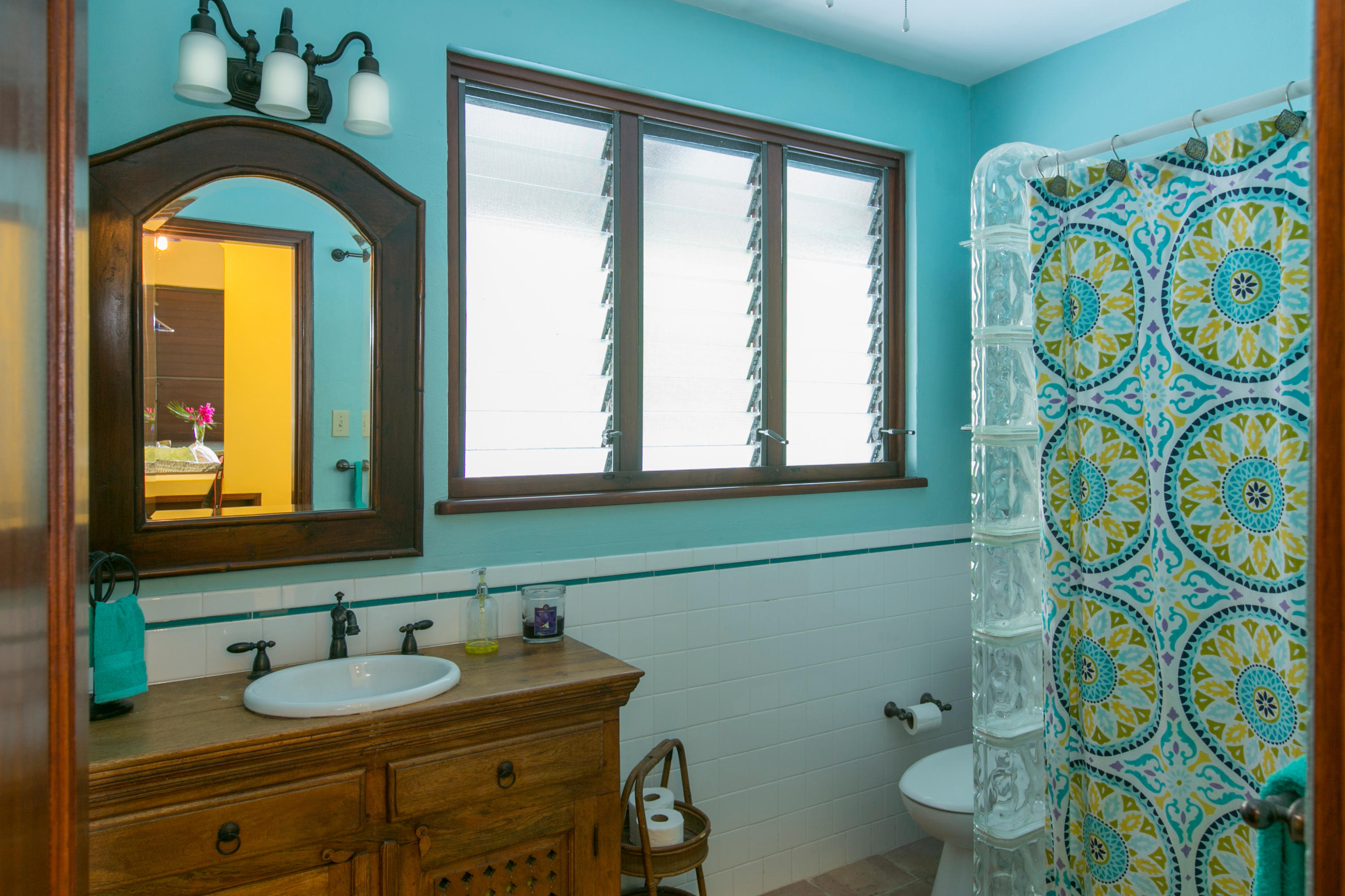 COttage Guest Bathroom