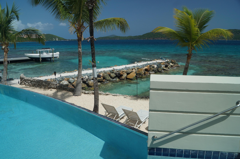 Pool, beach, Ocean!!