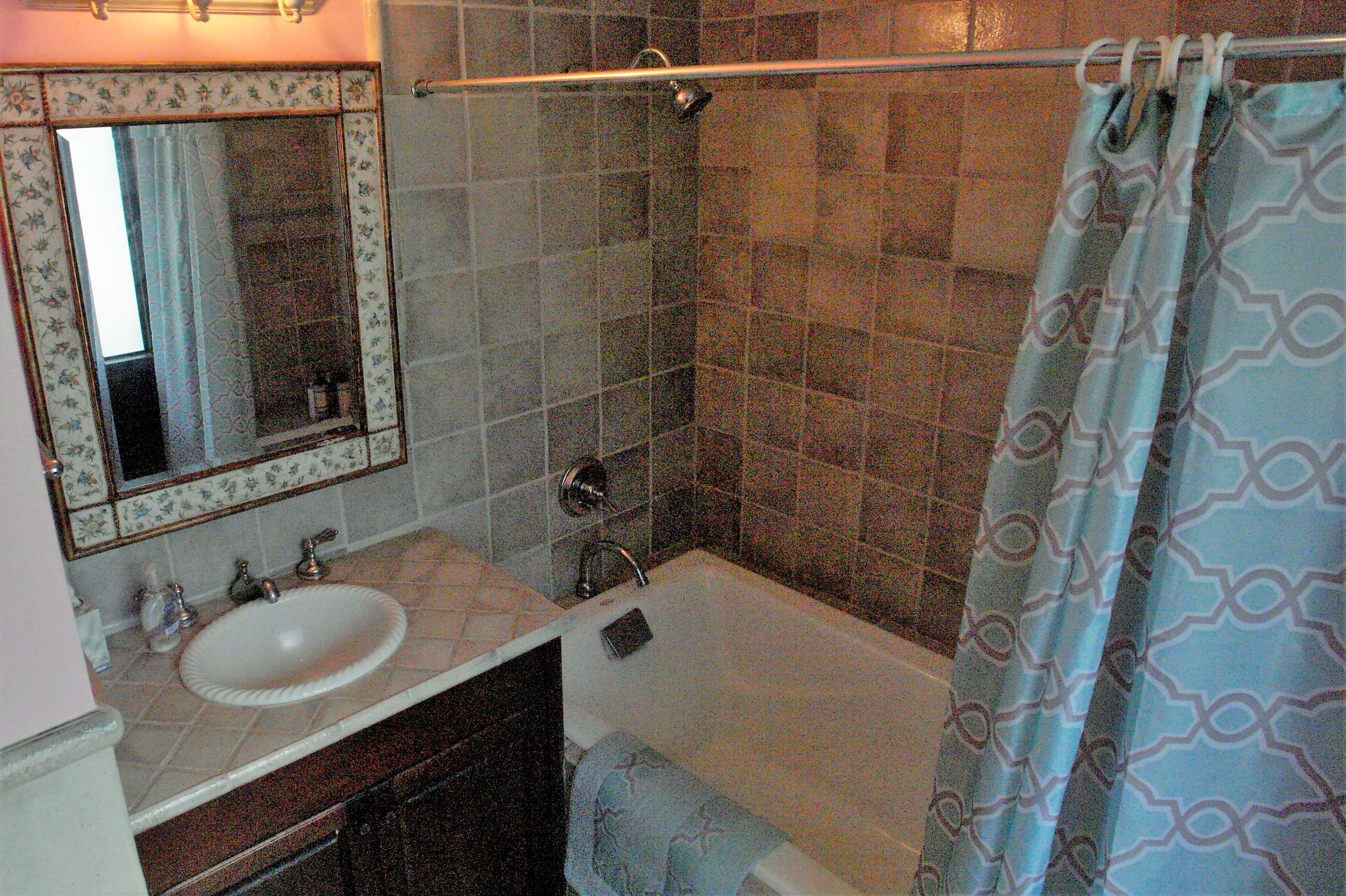 ensuit second guestroom bathroom