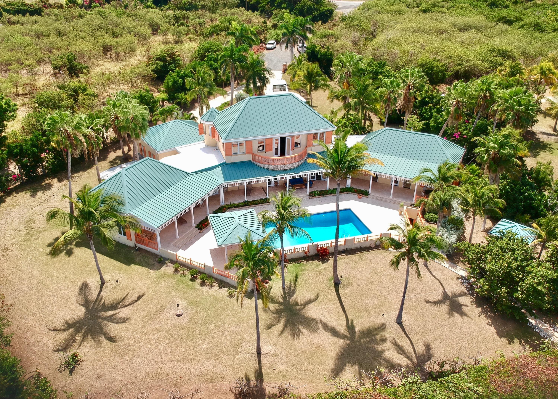 Cotton Valley villa on the beach
