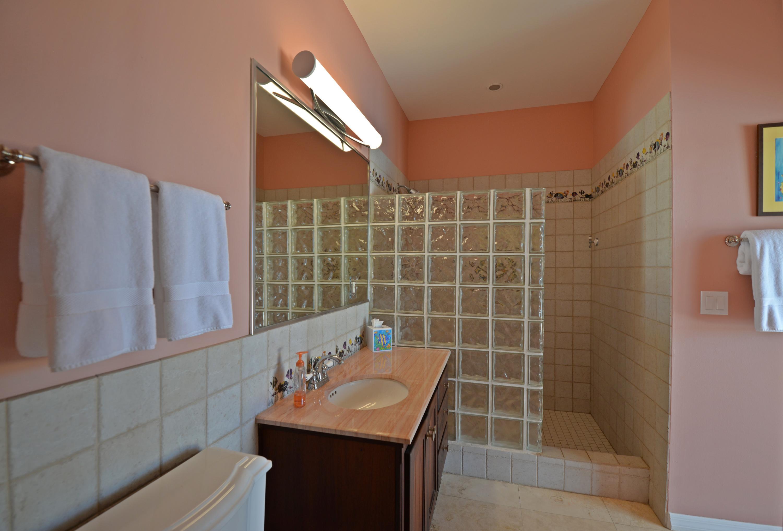 Guest bedroom 2 - Bath en suite