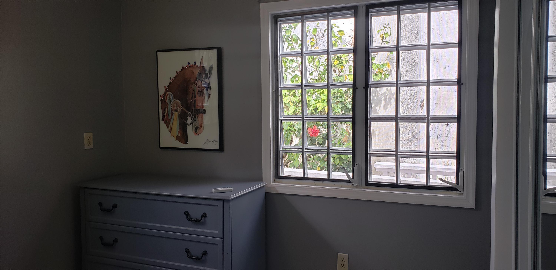 BR Dresser Window