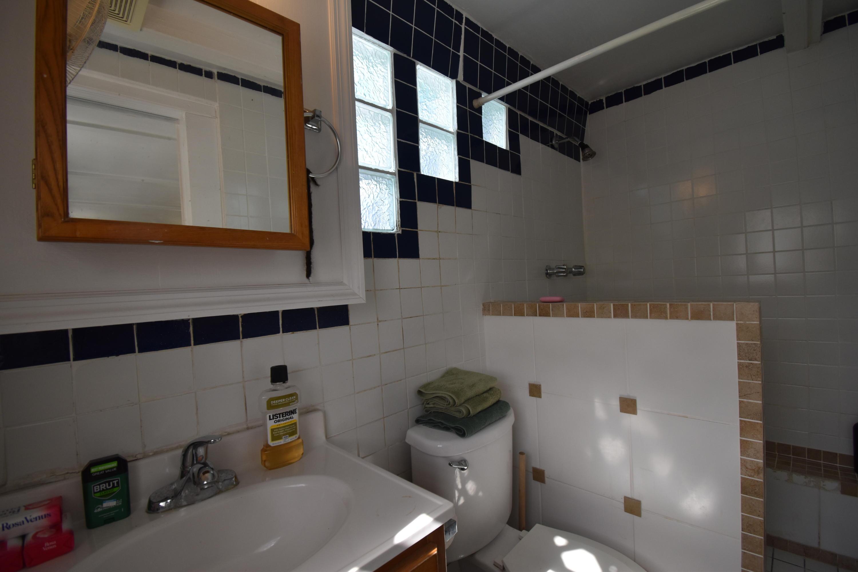 Apt Bath