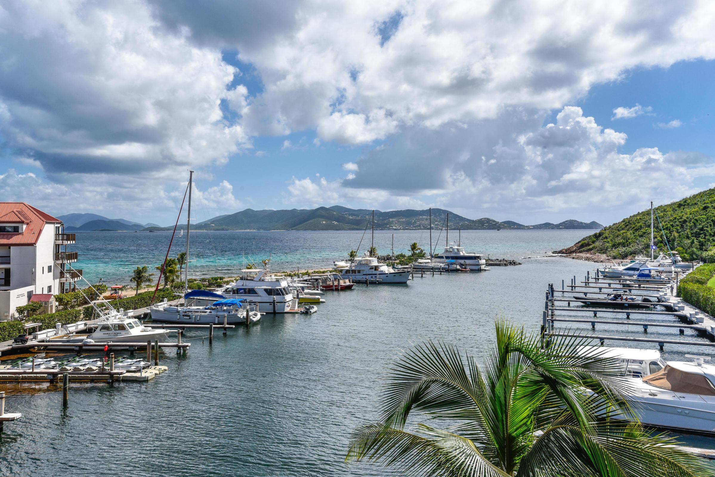N12 Sapphire Beach Resort & Marina